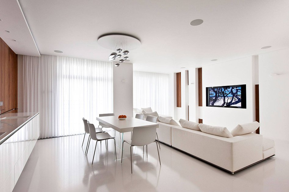 Квартира белого цвета