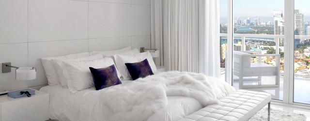 Квартира с белой спальней