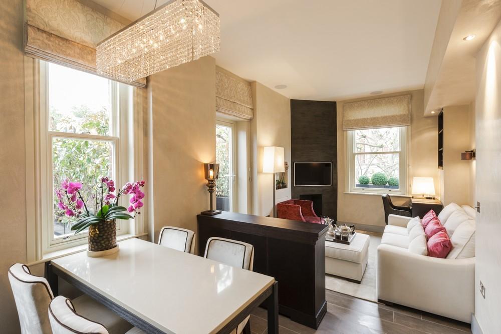 Квартира-студия зонированная с помощью предметов мебели