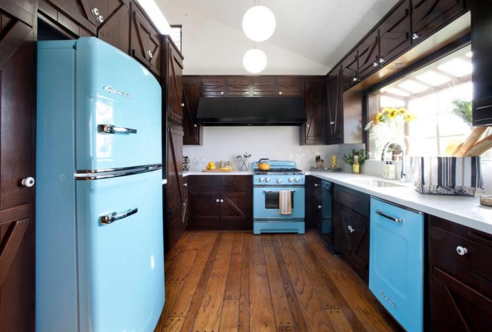 Паркетный пол на кухне в стиле кантри