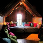 Уютное место в мансарде