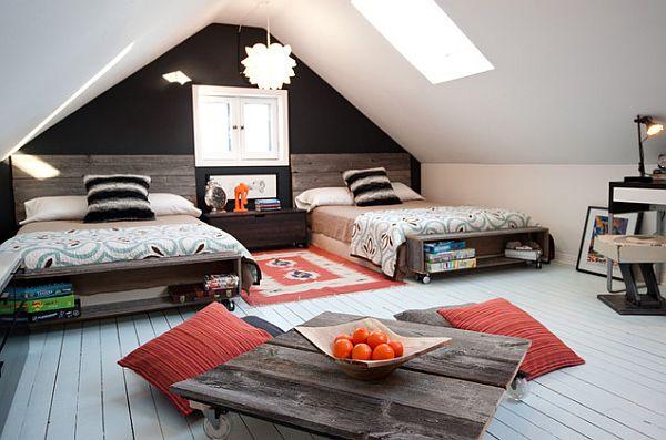 аккуратная мансарда с кроватями