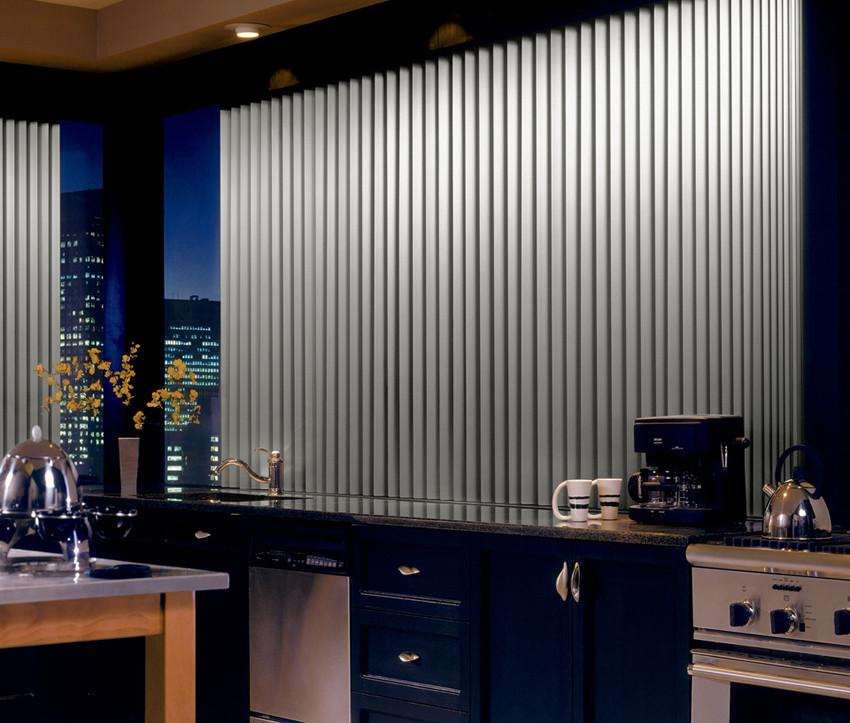 металлические жалюзи для кухни в стиле техно