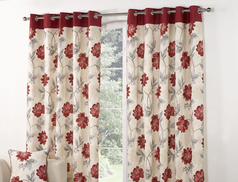 шторы для зала с цветочным принтом