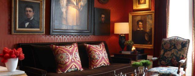 интерьер в английском стиле с деревянной мебелью