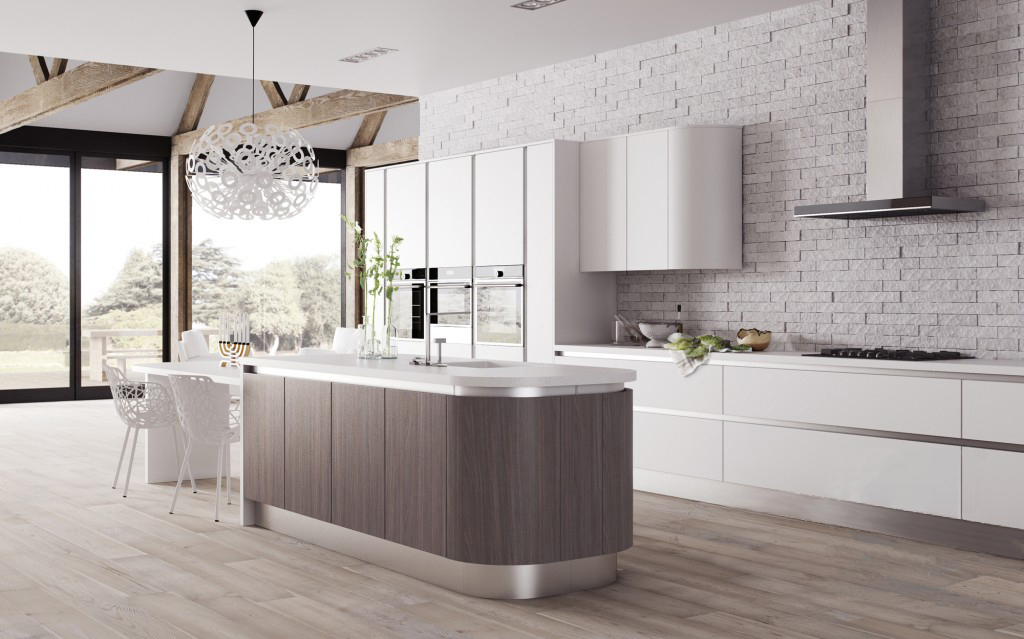 кухня-студия с люстрой