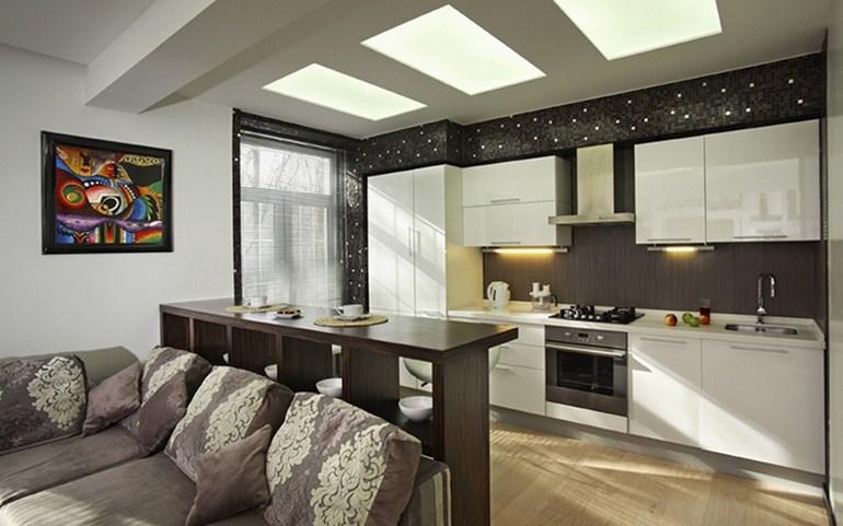 зонирование маленькой кухни и гостиной с помощью тумбочки