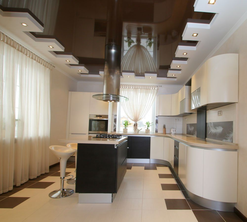дизайн потолка для небольшой кухни