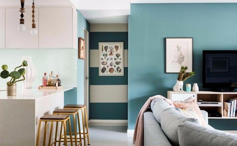 светло-голубая комната в морском стиле